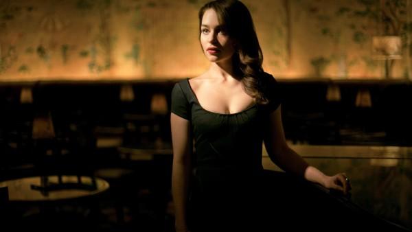 Sexy Emilia Clarke картинки на рабочий стол скачать