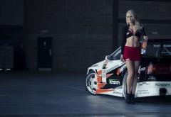Секси девушка и спортивный автомобиль картинки
