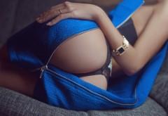 Шикарная девушка, красивая попка в синем платье