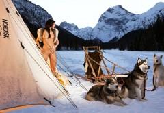 обнаженная на Аляске