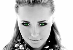 Девушка с зелеными глазами обои