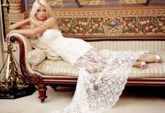 Сексуальная блондинка в белом платье картинки на рабо�…