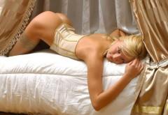 Блондинка с шикарной попкой голая обои скачать беспла�…