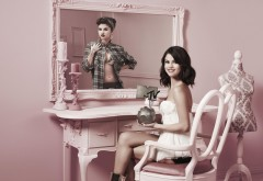Селена Гомес (Selena Gomez) с наградой от MTV