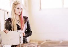 Avril Lavigne широкоформатные HD обои скачать на рабочий стол