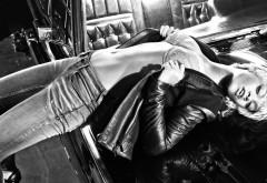 Чёрно-белые фото Рианны