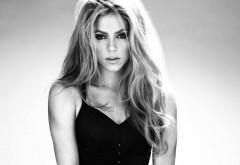 Шакира черно белые обои