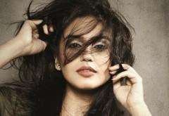 Красивая индийская актриса Huma Qureshi
